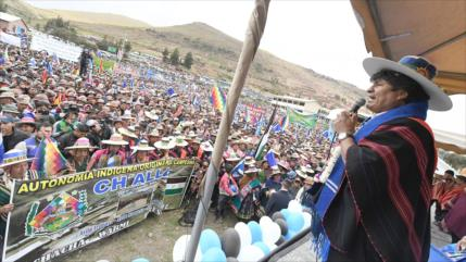 """Morales elogia """"apoyo digno del pueblo"""" frente a EEUU"""