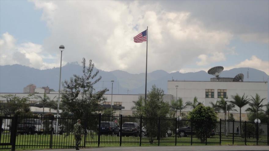 Una vista general de la embajada de EE.UU. en Bogotá, capital de Colombia.