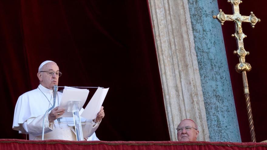 Papa pide la paz para Yemen, 'exhausto por la guerra y el hambre'