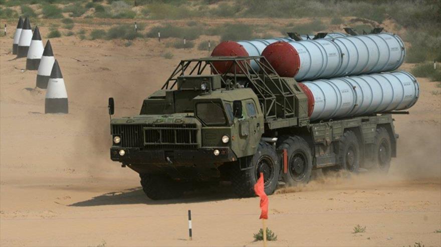 Sistema de defensa antiaérea S-300, de fabricación rusa.