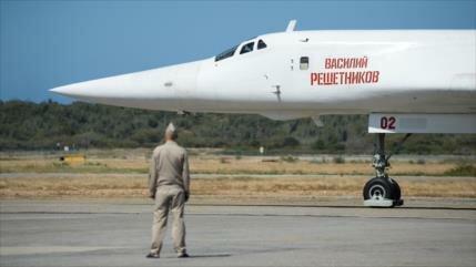Rusia no descarta enviar a Venezuela más aviones estratégicos