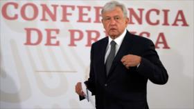 López Obrador niega conspiración en tragedia aérea de Puebla