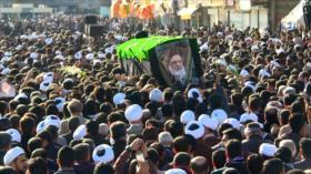 Celebran el funeral del ayatolá Mahmud Hashemi Shahrudi en Irán