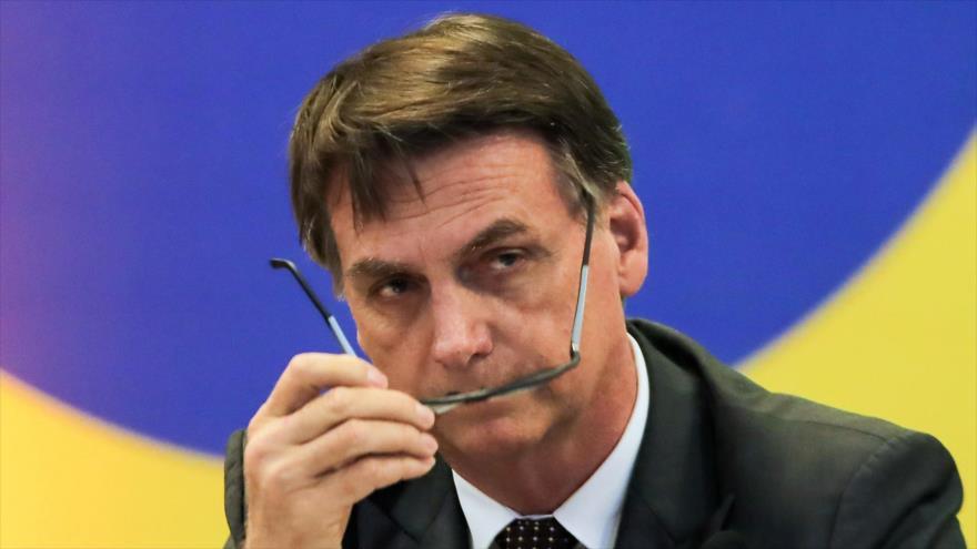 Sondeo: 66 % de brasileños se opone a sumisión de Bolsonaro a EEUU