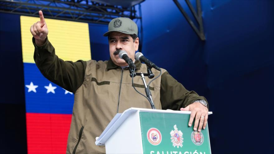 Maduro pide 'máxima alerta' a las FFAA ante intrigas extranjeras