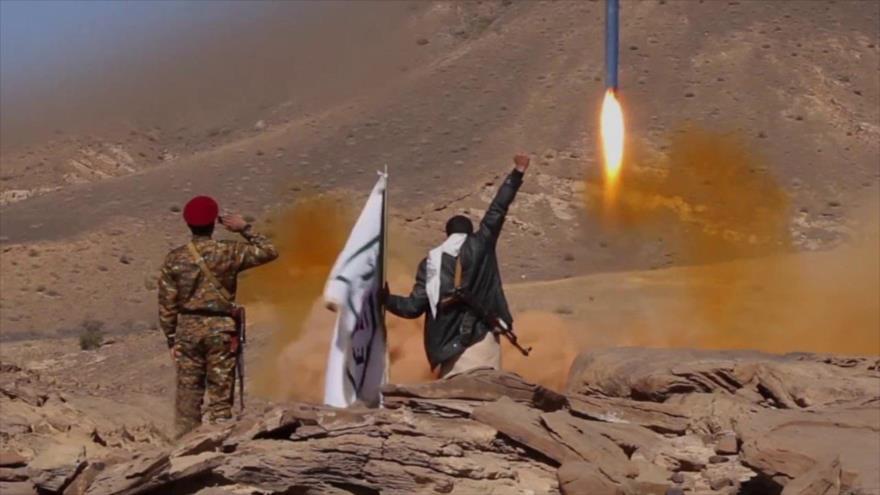 Yemen lanza misiles balísticos contra objetivos militares saudíes