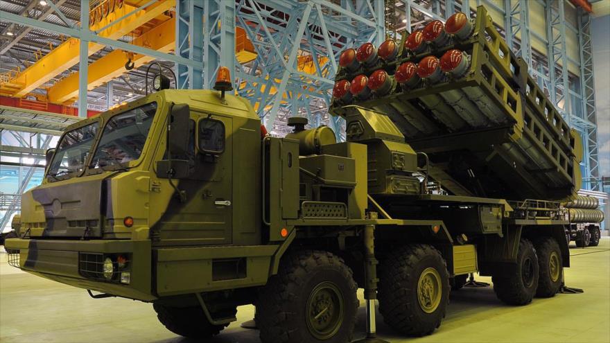 Un sistema ruso de misiles tierra-aire de alcance medio S-350 Vitiaz.