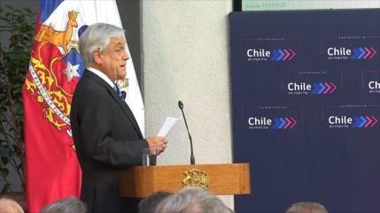 2018: Gobierno chileno baja en encuestas y gira más a la derecha