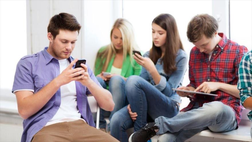 """Hay una """"dieta digital"""" para reducir los hábitos a los móviles y las redes sociales."""