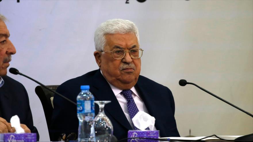 El presidente palestino, Mahmud Abás, en una reunión en la ciudad de Ramalá en Cisjordania ocupada, 9 de diciembre de 2018. (Foto: AFP)