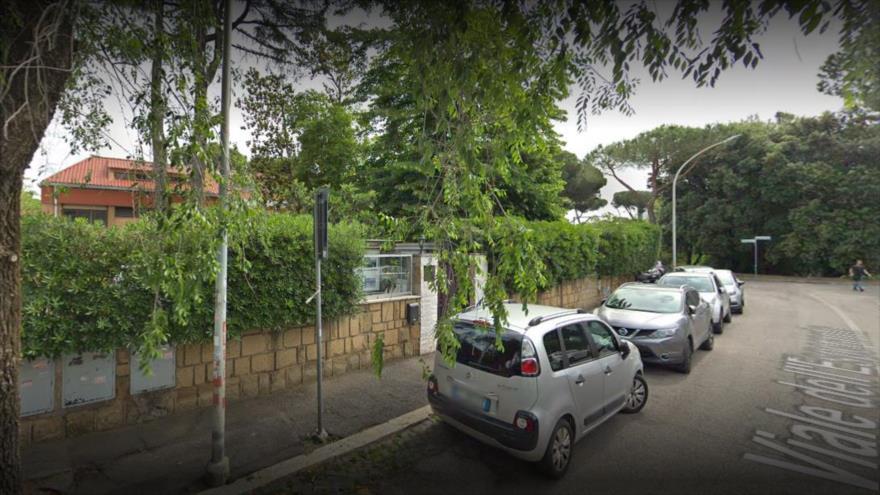 El edificio de la Embajada de Corea del Norte en Italia, Roma.