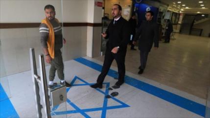 Sindicatos jordanos hacen posible que todos pisen bandera israelí