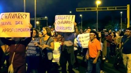 Peruanos claman por renuncia de 'repudiado' fiscal general