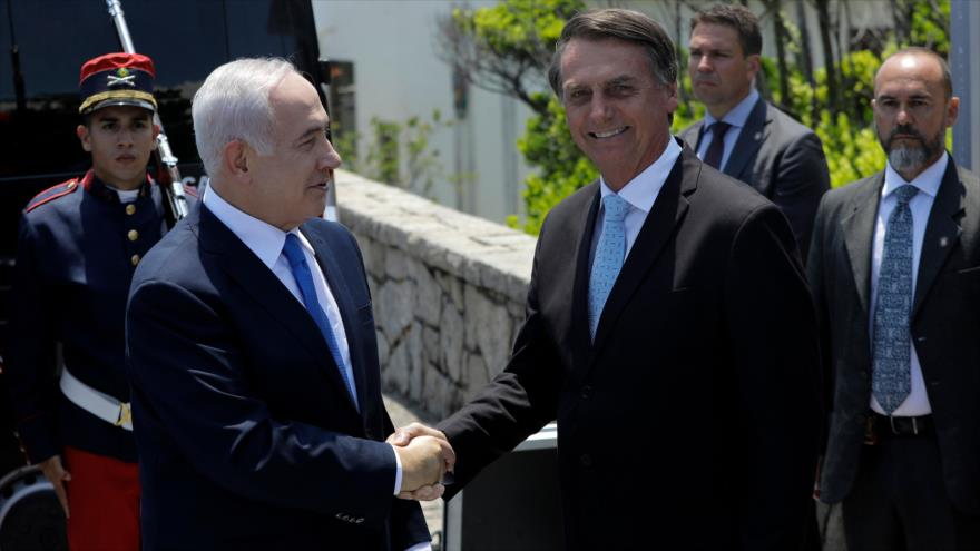 El presidente de Brasil, Jair Bolsonaro, y el premier israelí, Benjamin Netanyahu (izda.), Río de Janeiro, Brasil, 28 de diciembre de 2018. (Foto: AFP)