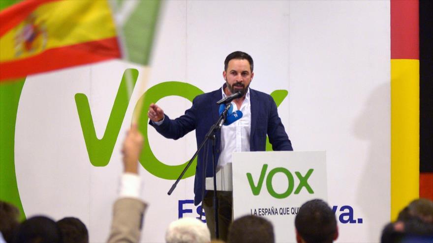 Santiago Abascal, líder del partido VOX de España, durante campaña electoral en Granada, 26 de noviembre de 2018. (Foto: AFP)