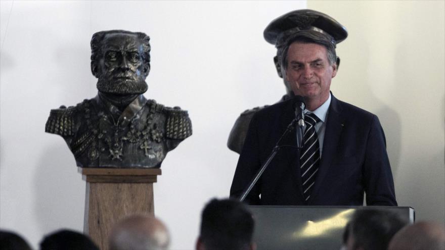 El nuevo presidente de Brasil, Jair Bolsonaro, ofrece un discurso en Brasilia, 2 de enero de 2019. (Foto: AFP)