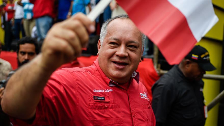 'Maduro burlará al Parlamento opositor y juramentará ante el TSJ'