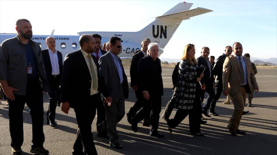 Ansarolá urge a ejecución de tregua y reapertura del aeropuerto de Saná