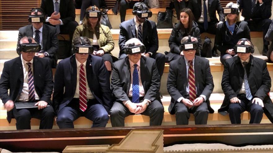Zarif se burla de ceguera política de EEUU aun con gafas VR
