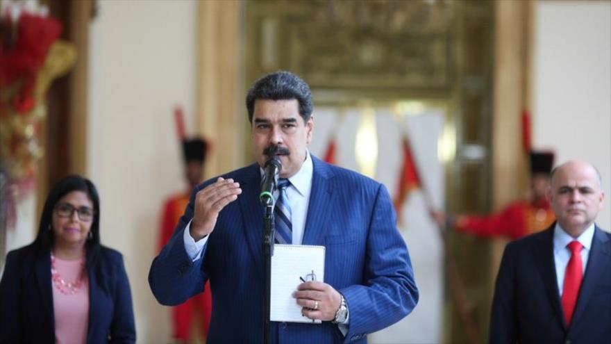 Maduro responderá recíprocamente a quienes desconozcan su mandato