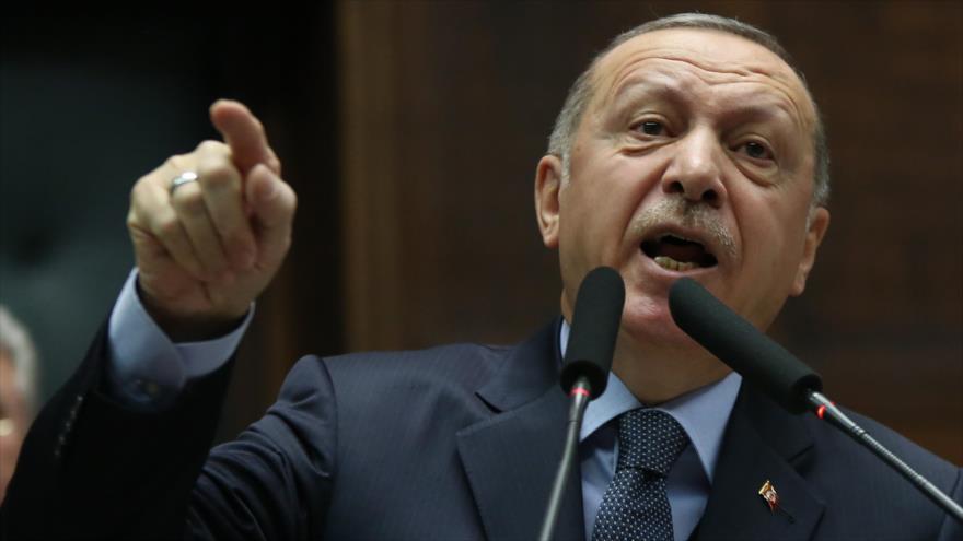 """Erdogan rechaza """"inaceptable"""" demanda de EEUU sobre fuerzas kurdas"""