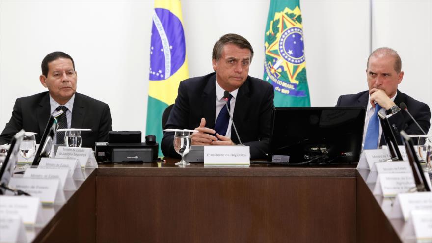 El presidente de Brasil, Jair Bolsonaro, en una reunión de su Gabinete en el palacio presidencial en Brasilia, la capital, 8 de enero de 2019. (Foto: AFP)