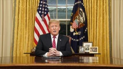 Trump defiende su muro por evitar la 'inmigración descontrolada'