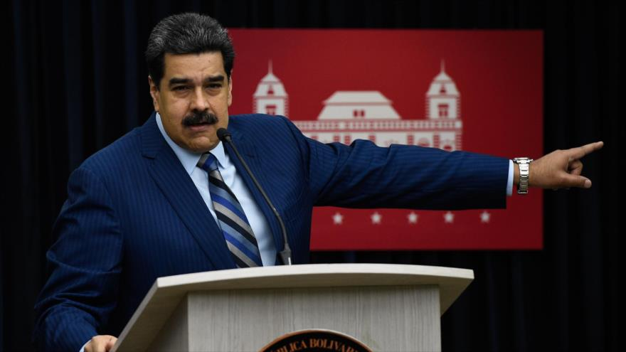 Maduro da 48 horas al 'cartel de Lima' para rectificar su postura