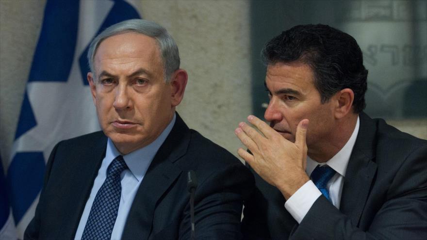 El primer ministro israelí, Benjamín Netanyahu (izq.), y el director del servicio de inteligencia israelí (el Mossad), Yossi Cohen.