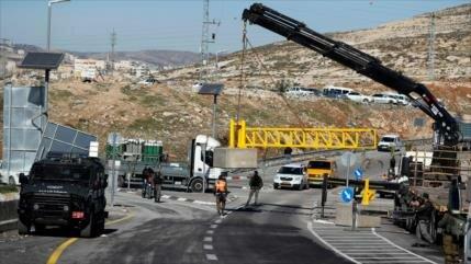 Israel abre la 'carretera del apartheid' en la Cisjordania ocupada