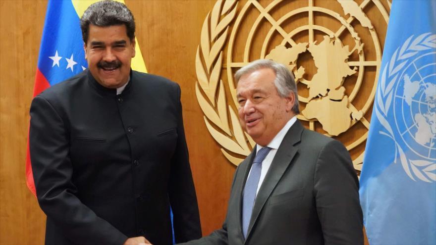 Presidente venezolano, Nicolás Maduro (izda.), y el secretario general de la ONU, Antonio Guterres, Nueva York, 27 de septiembre de 2018. (Foto: AFP)