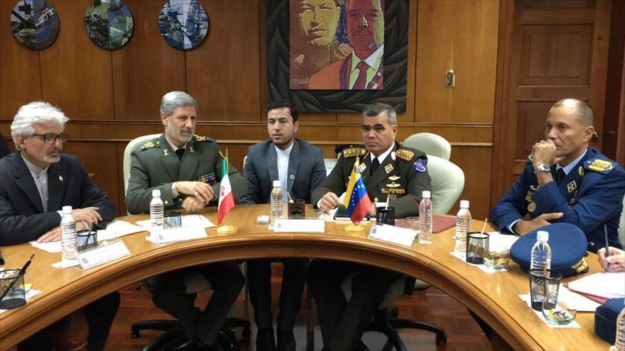 Irán y Venezuela abogan por afianzar cooperación militar | HISPANTV