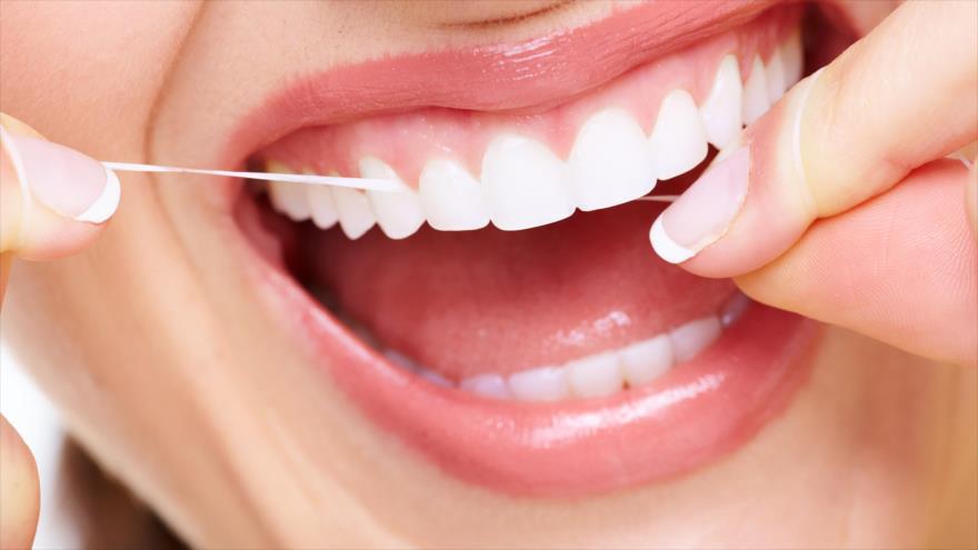 Estudio revela que lavarse los dientes puede proteger el corazón