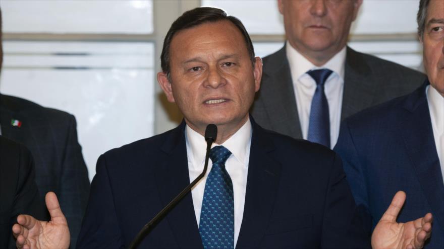 El ministro de Relaciones Exteriores de Perú, Néstor Popolizio, habla en una rueda de prensa, Lima, 4 de enero de 2019. (Foto: AFP)