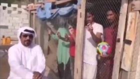 Hombre emiratí enjaula a trabajadores por alentar a La India