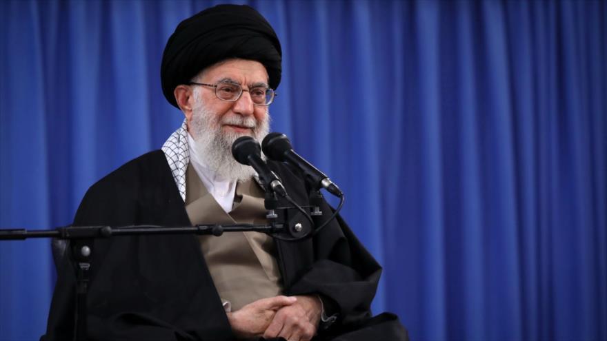 Líder llama a 'Yihad Científica' por la autosuficiencia de Irán | HISPANTV