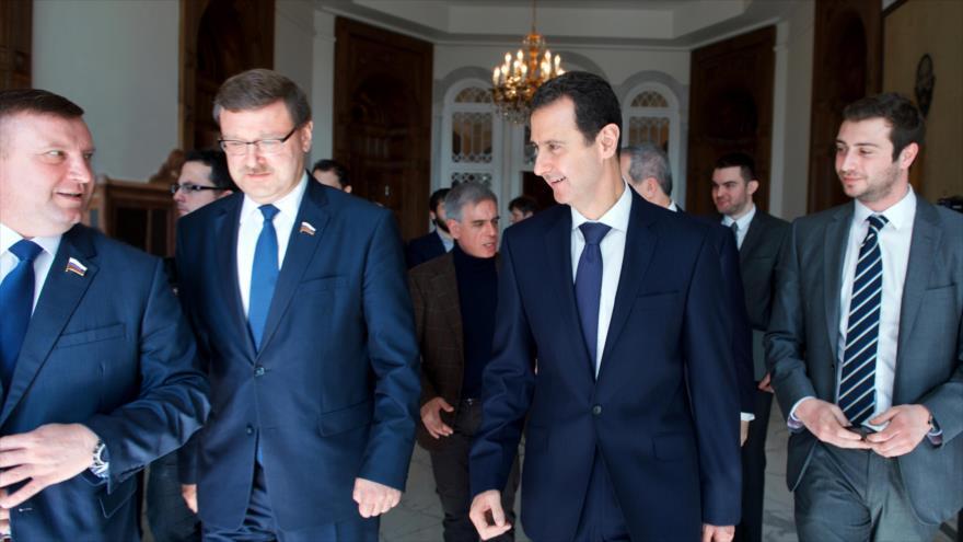 Associated Press: Países árabes tienen prisa por reabrir sus embajadas en Siria