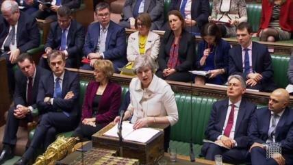 Acuerdo del Brexit de May agoniza ante falta de consenso político
