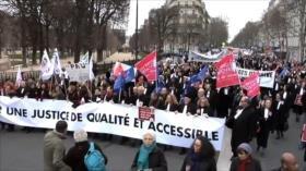 Franceses denuncian reforma gubernamental de la justicia