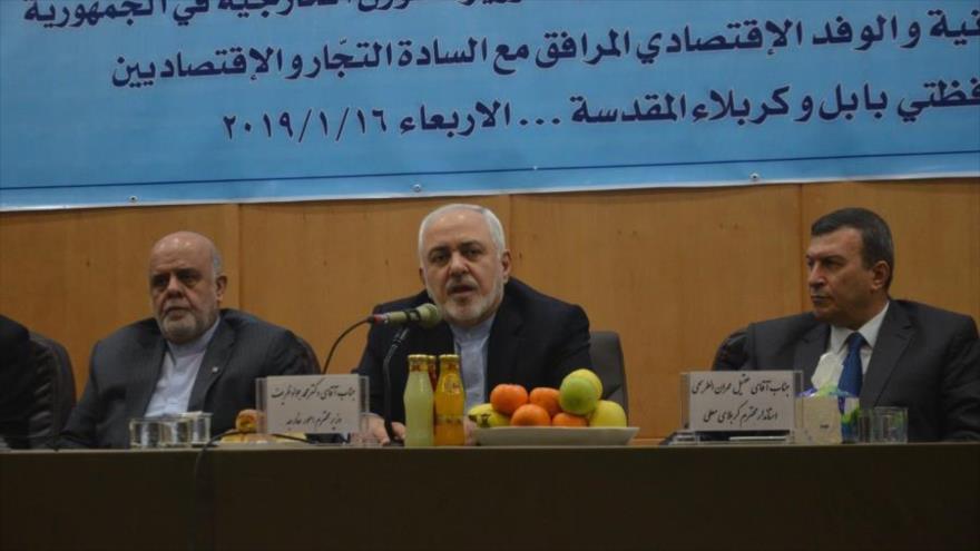 El ministro de Asuntos Exteriores de Irán, Mohamad Yavad Zarif, da un discurso en Karbala (Irak), 16 de enero de 2019. (Foto: IRNA)