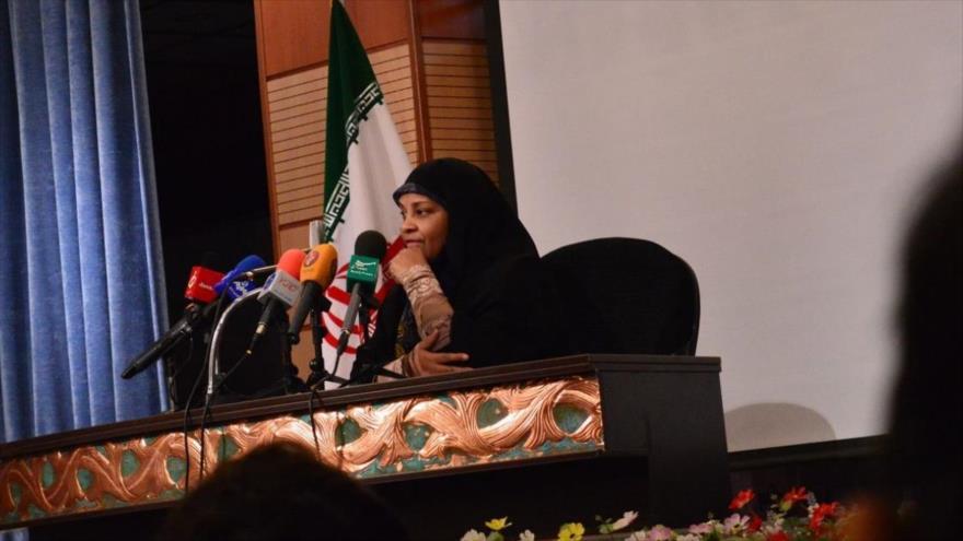 Marzie Hashemi, periodista y presentadora de la cadena Press TV.