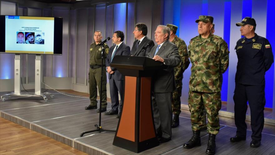 El ministro de Defensa de Colombia, Guillermo Botero, ofrece una rueda de prensa en Bogotá, 18 de enero de 2019. (Foto: AFP)