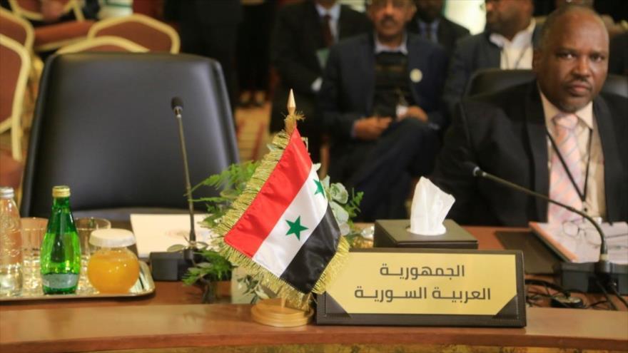 El Líbano pide regreso de Siria a Liga Árabe tras su errónea expulsión