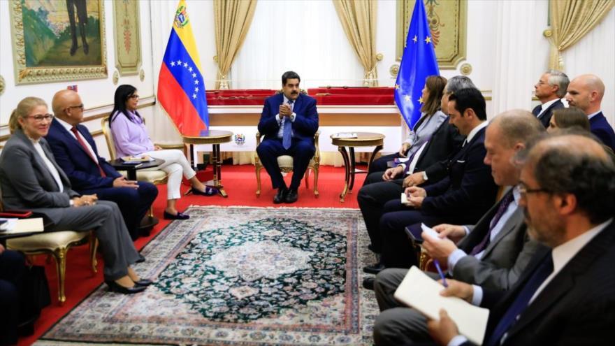 Diplomáticos de UE reafirman su apoyo al segundo mandato de Maduro | HISPANTV