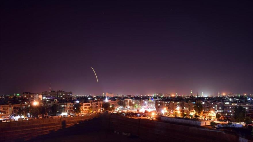 Informe: Rusia advierte a Israel contra ataques al aeropuerto de Damasco