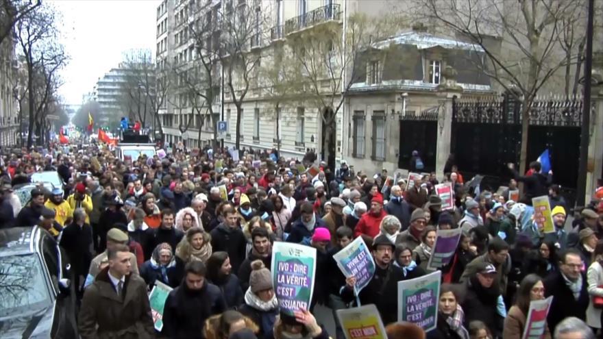 Miles de franceses desfilan en defensa del derecho a la vida