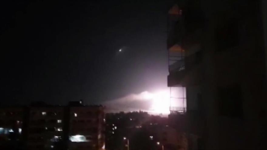Defensa antiaérea siria. Ataque en Afganistán. Caravana de migrantes