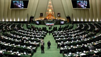 Parlamento iraní considera arresto de Hashemi un 'acto político'