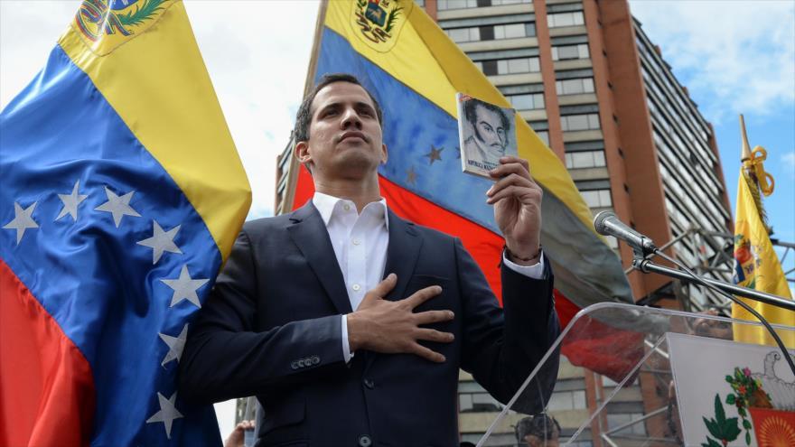 "Juan Guaidó se autoproclama ""presidente encargado de Venezuela"" | HISPANTV"