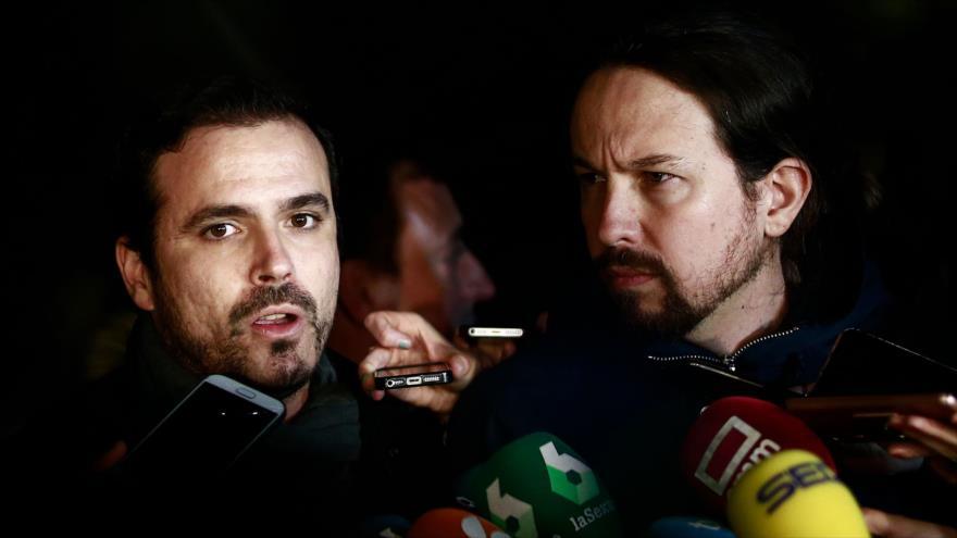 El líder de Podemos, Pablo Iglesias (dcha.), y el de Izquierda Unida (IU), Alberto Garzón, en una protesta en Madrid, 10 de noviembre de 2018. (Foto: AFP)